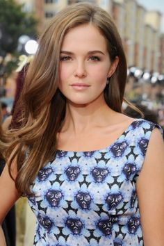 zoey deutch hair color. Loving this soft brown!
