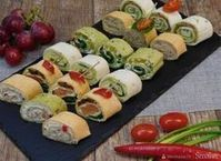 Roladki z tortilli w smakach kilku. Finger Food Appetizers, Appetizers For Party, Finger Foods, Appetizer Recipes, Snack Recipes, Cooking Recipes, Snacks, Salty Foods, Tortilla