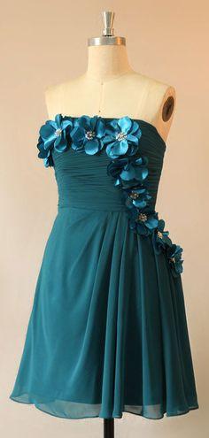 Robe de cocktail vert foncé courte bustier droit ornée de fleurs 3D romantique