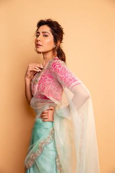 Tollywood Actress Raashi Khanna Photoshoot In Green Saree - Rashi Khanna Indian Actress Rashi Khanna Photograph INDIAN ACTRESS RASHI KHANNA PHOTOGRAPH | IN.PINTEREST.COM WALLPAPER EDUCRATSWEB