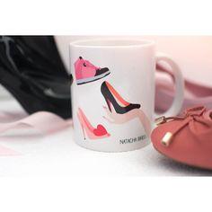 "le mug ""fille à chaussures""  by Natacha Birds"