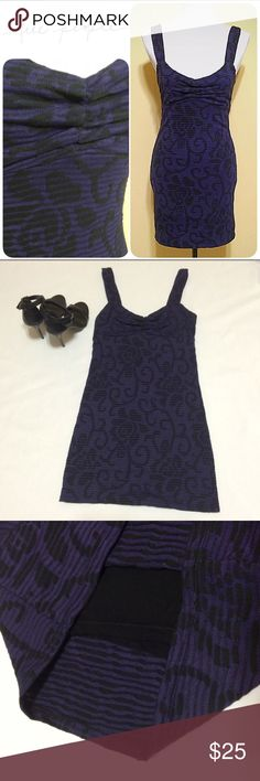 """Free People Bodycon Dress Fitted dress by Free People in purple/black w/ wide straps, pullover styling & a full lining. Hugs curves & is very stretchy. True to size small, the UN-stretched measurements are: length 33"""". Bust 15"""". Waist measuring flat is 13.5"""". Perfect for a night out, looks great with heels and a glass of wine! Free People Dresses Midi"""