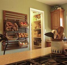 Keep Fruits and Vegetables Fresh - Baskets On Walls Wall Basket Storage, Kitchen Wall Storage, Kitchen Organization, Bath Toy Storage, Hanging Vegetable Basket, Hanging Fruit Baskets, Rustic Kitchen, Kitchen Redo, Kitchen Ideas