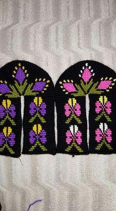 Tunisian Crochet, Knit Crochet, Crochet Hats, Baby Knitting Patterns, Crochet Patterns, Knitted Slippers, Knitting Socks, Sewing Hacks, Mittens