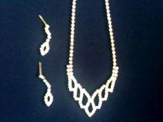 Kit Japan; colar e brincos. Catálogo MAOSECRETS. http://www.maosecrets.com.br