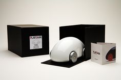 Playsam - Streamliner Classic Car White - The Streamliner Classic Car has been selected as a Swedish Design Classic by the museum for its inventive style and sleek surface. Swedish Design, Scandinavian Design, Swedish House, Egg Shape, Car Ins, Wooden Toys, Inventions, Home Accessories, Classic Cars