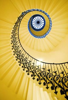 Tulip Stairs, Queen's House - Greenwich, London, England (Staircase Step Design) Stairs And Staircase, Take The Stairs, Staircase Design, Spiral Staircases, Winding Staircase, Black Staircase, Mellow Yellow, Blue Yellow, Yellow Art