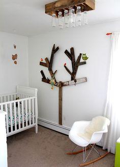 stoer sloophouten boom voor op de kinderkamer