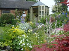 Borders and summer house