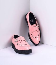 Keep your Creeper game sharp with these pointed toe shoes from TUK! Featuring a peachy pink candy-colored patent upper for a dose of retro flair and a classic contrasting black interlacing to keep that old school feel. Made of vegan friendly PU material,