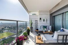 """דירת קבלן בר""""ג Home Projects, Divider, Windows, Outdoor Decor, Room, Furniture, Balcony, Home Decor, Bedroom"""