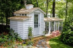 The new chicken coop is installed, the edible chicken gardens are growing and so has the flock. Come see in this virtual coop tour from Tilly's Nest.