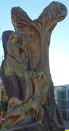 An old tree trunk has been transformed into sculpture on the Milton Keynes campus of the UK's Open University.