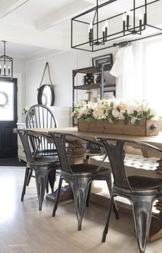 22 Stylish Modern Farmhouse Dining Room Remodel Ideas - Home Design - lmolnar - Best Design and Decoration You Need Dining Room Design, Dining Room Table, Kitchen Dining, Kitchen Decor, Dining Rooms, Nook Table, Dining Ware, Kitchen Rustic, Kitchen Nook