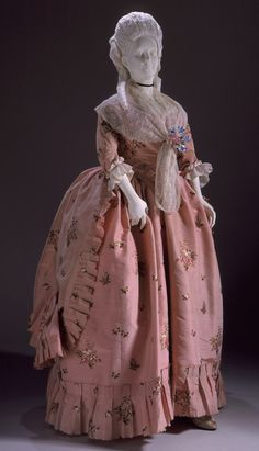 Polonaise gown, England, 1770-1780. From the collection of the LA County Museum of Art.