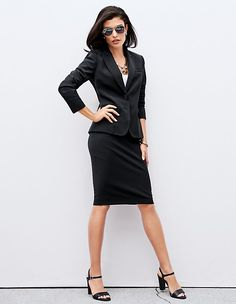 Elegant shape with fine, intricate edging stitched by hand. Business Rock, Madeleine Fashion, Business Outfits, Pencil Dress, Skirt Suit, Girls Wear, Boss Babe, Elegant, Blazer