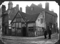 A lovely old image of Wolverhampton before tudor cottages like this were destroyed in the 1960s
