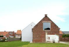 Woesten Community Center  / Atelier Tom Vanhee
