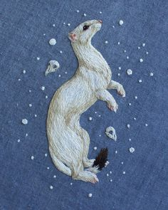 Meticulously-Stitched Embroideries Sculpt Fuzzy Woodland Creatures with Thread - My Modern Met