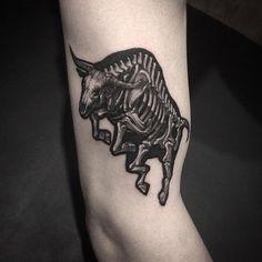 15 Mejores Imágenes De Tatuajes De Toros Bull Tattoos Taurus Bull