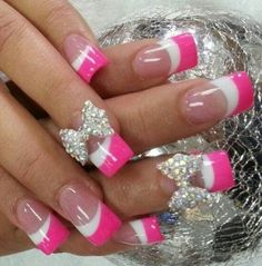 Discover new and inspirational nail art for your short nail designs. Hot Pink Nails, Sexy Nails, Short Nail Designs, Cute Nail Designs, Gorgeous Nails, Pretty Nails, Fabulous Nails, Do It Yourself Fashion, Creative Nails