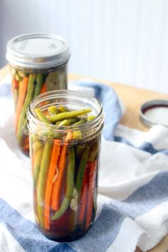 Spicy Cajun Pickled Green Beans and Carrots Recipe - Bowl of Delicious