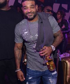 "Vampire Life is in full effect since Jim Jones On Fleek Video just dropped from his new ""Miami Vampin"" album that available on iTunes. @jimjonescapo #OnFleek #MiamiVampin #Celebnmusic247 http://celebnmusic247.com/jim-jones-on-fleek-video-from-miami-vampin-album @4umf @HipHopWeekly #NewVideoAlert #vampUp #VampireLifeRecords"
