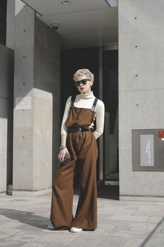19 Best Ideas For Fashion Street Snap Ray Bans Tokyo Fashion, Runway Fashion, Fashion Models, Fashion Trends, Tokyo Street Style, Street Style Women, Milan Fashion Weeks, New York Fashion, Dr. Martens