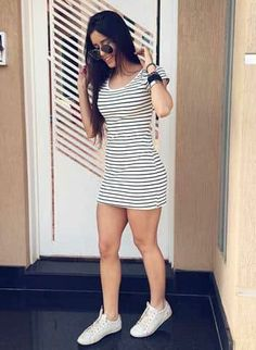 The sexy mini dress Dresses For Teens, Simple Dresses, Outfits For Teens, Summer Outfits, Cute Outfits, Teenager Outfits, Girl Fashion, Fashion Outfits, Womens Fashion
