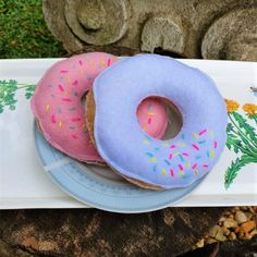 A lovely addition to your felt food collection, let your children's imaginations run wild with endless possibilities for play - whether it's a picnic in the garden or a tea party with teddies. Pop Up Market, Felt Food, Doughnut, Your Child, Tea Party, Kids Toys, Picnic, Play, Garden