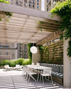 Spring is coming - 49 cool ideas for roof terrace design roof garden design beautiful views deco ide Roof Terrace Design, Exterior Design, Garden Design, Pergola Designs, Rooftop Design, Outdoor Design, Pergola Plans, Roof Design, Pergola Attached To House