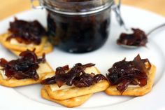 Cibulová marmeláda, karamelizovaná cibule ve skle | FreshBites.