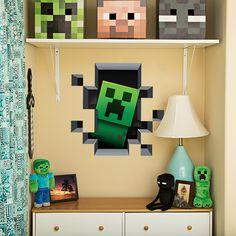 Maak van je kamer een echte Minecraft kamer met deze 3D muur Stickers. Net alsof de creeper zich echt in je kamer laat zien