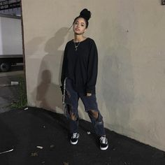 Melissa Melissa Best Picture For tomboy fashion joggers For Your Taste You a Skater Mädchen Outfits, Dope Outfits, Retro Outfits, Cute Casual Outfits, Vintage Outfits, Fashion Outfits, Casual Jeans, Grunge Outfits, Tomboy Winter Outfits