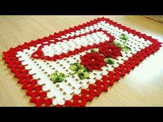 Lindos tapetes de crochê em combinações de cru, branco e vermelho - YouTube Crochet Kitchen, Different Textures, Bathroom Sets, Learn To Crochet, Doilies, Container Gardening, Diy And Crafts, Projects To Try, Blanket
