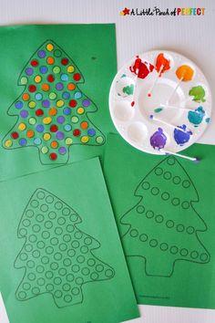 Christmas tree painting using Q-tips