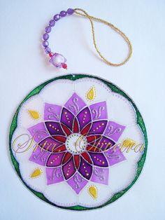 Más tamaños | Mandala Movimento | Flickr: ¡Intercambio de fotos! Cd Crafts, Diy Crafts For Gifts, Arts And Crafts, Cd Diy, Mandala Coloring, Sun Catcher, Handmade Art, Art Pictures, Quilling