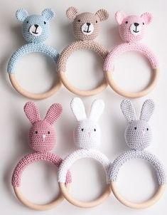 Life with Mari: Virkatut helistimet Crochet Bunny, Crochet For Kids, Crochet Animals, Diy Crochet, Crochet Toys, Newborn Toys, Baby Toys, Loom Knitting, Baby Knitting