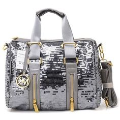 So Cheap!! $39.9 Michael Kors Handbags discount site!! mk purse,michael kors bags,cheap mk bags,Check it out!! Last 3Days.iwantmk.blogspot....Michaelkor is on clearance sale, the world lowest price. --$71.98 The best Christmas gift#http://www.bagsloves.com/