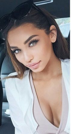Gorgeous makeup idea eyebrows on fleek . Gorgeous Makeup, Pretty Makeup, Love Makeup, Makeup Tips, Beauty Makeup, Makeup Looks, Hair Beauty, Janice Joostema, Tumbrl Girls