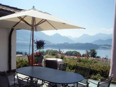 Bio B&B La Tortuga Meggen The Bio B&B La Tortuga is located in a quiet area on a south-facing hill, 2 km from the centre of Meggen, and it features panoramic views over Lake Lucerne and the surrounding mountains.