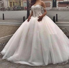 2016 Vintage Cheap Ball Gown Wedding Dresses Off Shoulder Lace Appliques Beads Long Tulle Puffy Sweep Train Formal Bridal Gowns Vestidos Online with $156.71/Piece on Yes_mrs's Store | DHgate.com