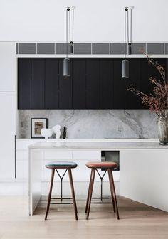 Interior Desing, Brown Interior, Home Interior, Kitchen Interior, Interior Architecture, Kitchen Decor, Kitchen Design, Kitchen Layout, Kitchen