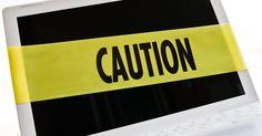 Cómo desactivar Site Advisor. Site Advisor es un programa antivirus de McAfee que añade calificaciones de seguridad a los resultados de tu explorador y motor de búsqueda. Se instala en tu buscador como una entidad separada y puede desactivarse o quitarse con facilidad. Site Adivisor examina sitios web en busca de spyware, malware y estafas para asegurarte de que estás ...