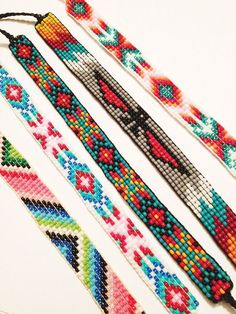 Bead Loom Patterns 80123 DIY Bead Loom Bracelets – Where to Buy Pretty Beads Loom Bracelet Patterns, Seed Bead Patterns, Bead Loom Bracelets, Beading Patterns, Beading Ideas, Jewelry Patterns, Stitch Patterns, Embroidery Bracelets, Mosaic Patterns