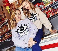 Lisa and Lena - J1mo71