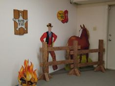 Western Vacation Bible School Theme for Vacation Bible School. Great ideas for your next VBS. Vbs Themes, School Themes, Bible School Crafts, Sunday School Crafts, Western Theme Decorations, Anniversaire Cow-boy, Western Games, Wild West Theme, Cowboy Theme