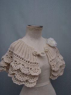 Pretty bag quality for ladies Knitted Shawls, Crochet Shawl, Crochet Stitches, Knit Crochet, Bridesmaid Shawl, Bridesmaid Gifts, Bridesmaid Accessories, Bridal Accessories, Bridal Bolero