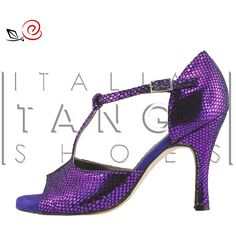 Women tango shoes in violet snake print leather... but you can have Gabry in colors/materials you like more! http://www.italiantangoshoes.com/shop/en/women/304-la-rosa-del-tango.html