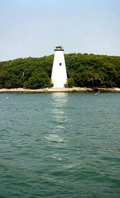 West Sister Island Lighthouse, Ohio at Lighthousefriends.com